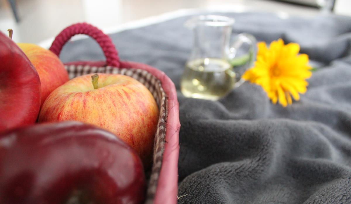 czy warto stosować ocet jabłkowy