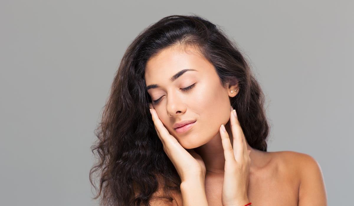 Pozytywny wpływ na skórę, włosy i paznokcie