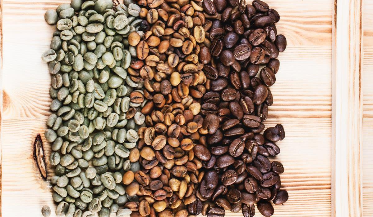 zielona kawa a czarna kawa